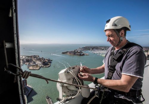 How to change a Spinnaker Tower lightbulb…